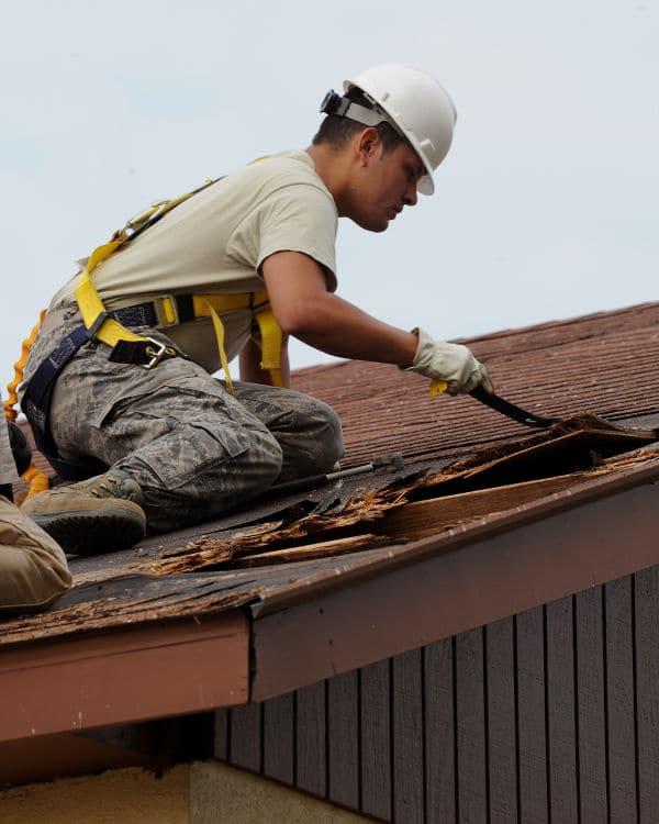 Aandachtspunten bij het uitvoeren van klussen op het dak